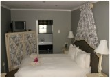 ROOM 6 – FRENCH TOILE Luxury Room B&B